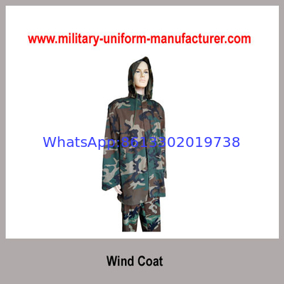 China Military Water-proof Woodland Camouflage Wind Coat With Hood distributor
